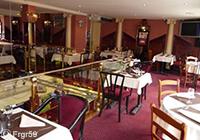 Café de Paris ambiance