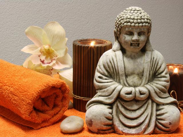 3 huiles de massage faire soi m me. Black Bedroom Furniture Sets. Home Design Ideas