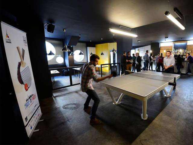 Paris insolite - le Gossima ping pong Bar